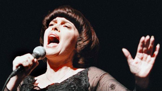 Der Spatz von Avignon: Mireille Mathieu.