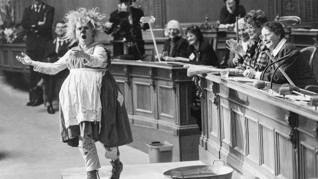 Saal frei für die Frauen: Frauensession im Bundeshaus.