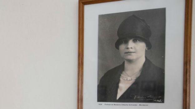 Mutter der Schweizer Soldaten: Gilberte de Courgenay.