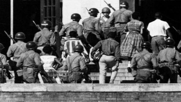 Neun Schüler beenden Rassentrennung: Arkansas,1957.