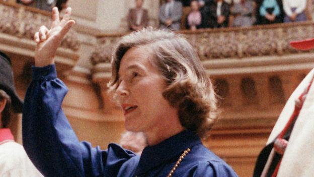 Elisabeth Kopp, die erste Schweizer Bundesrätin.