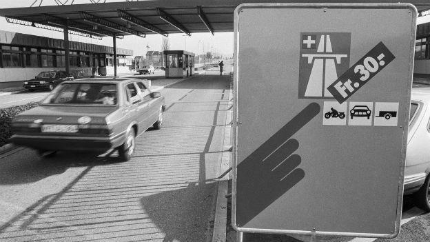 Ohne sie gibts Ärger: Die Schweizer Autobahnvignette.
