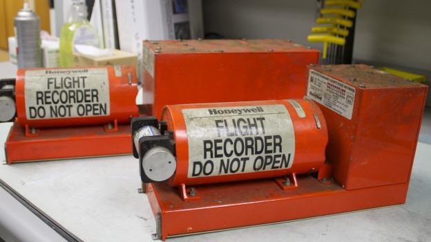 Die Blackboxes nach einem Asiana-Flugzeugabsturz 2013