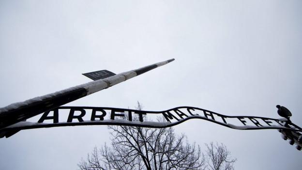 """Tor """"Arbeit macht frei"""" Konzentrationslager Auschwitz"""