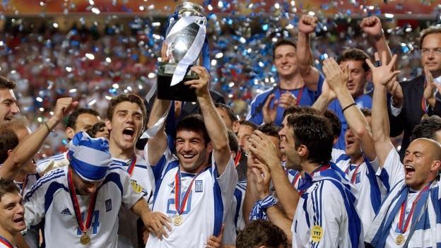 Die griechische Fussball-Nationalmannschaft feiert den EM-Titel