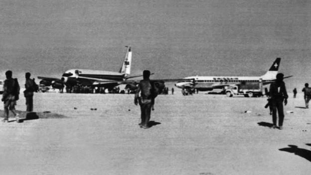 """Die """"Volksfront für die Befreiung Palästinas"""" entführt eine Swissair-Maschine"""