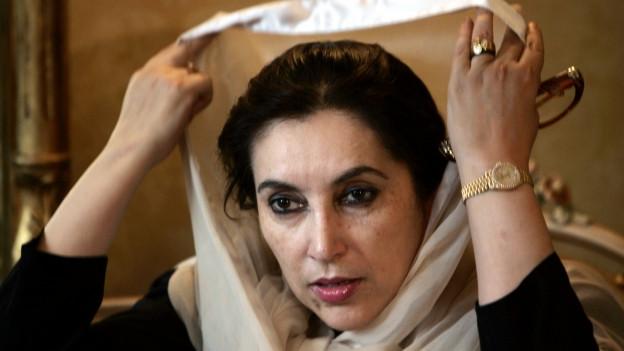 Die erste Regierungschefin eines islamischen Landes: Benazir Bhutto.