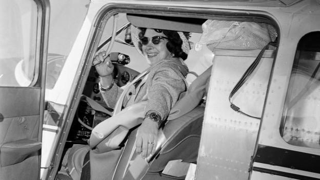 """Geraldine """"Jerrie"""" Mock beim Start zu ihrem Rekordflug."""