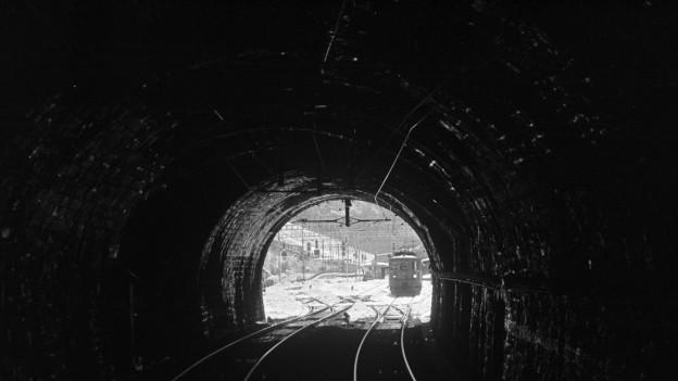 Das Loetschbergtunnel-Suedportal in Goppenstein