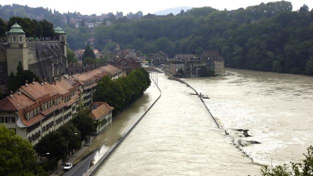 Das Berner Matte-Quartier, bedroht von den Wassermassen der Aare.