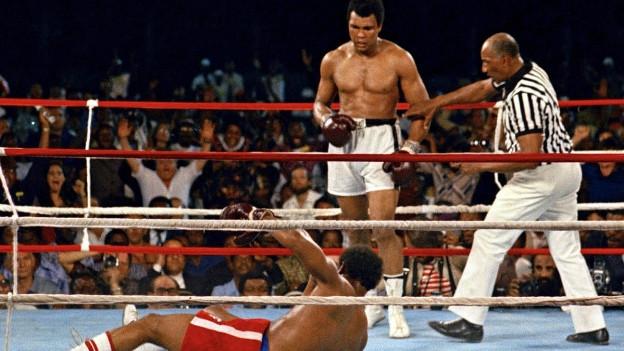 Boxkampf um den Weltmeistertitel zwischen George Foreman und Mohammad Ali