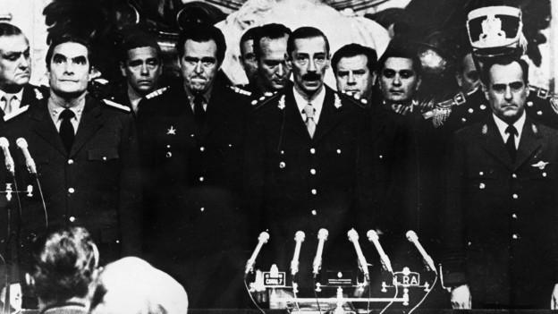 Die Generäle um Jorge Videla putschen sich am 24. März 1976 an die Macht.