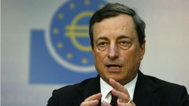 Bekommt unterstützung von angesehenen Ökonomen: EZB-Chef Mario Draghi.