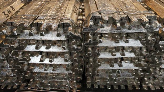 Rund die Hälfte des gehandelten Aluminiums in den USA soll in den Lagern von Goldman Sachs liegen.