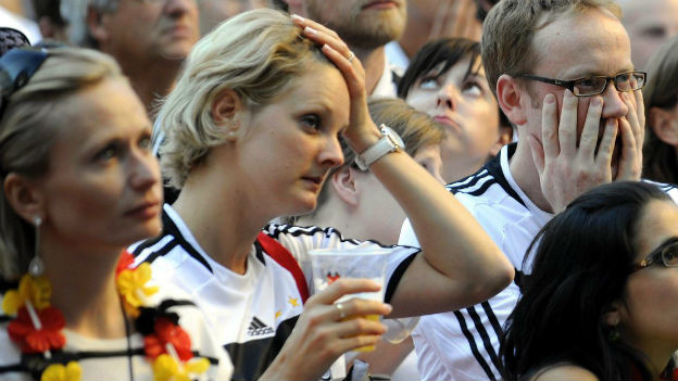 Enttäuschte Deutsche Expats in Zürich während der WM 2010