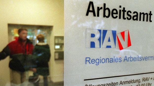 Die Arbeitslosenquote verharrt in der Schweiz bei 3 Prozent.