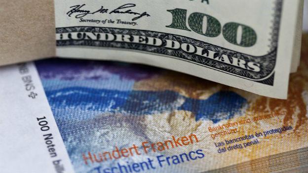 Devisenhändler sollen Wechselkurse manipuliert haben.