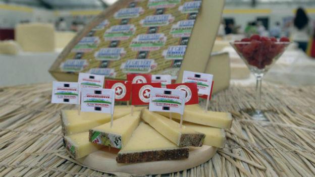 Käse aus dem Emental kommt an in London.