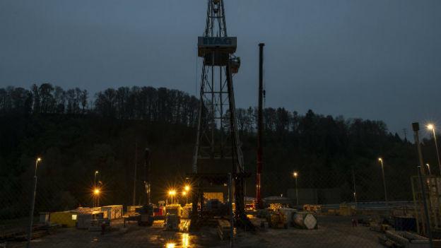 Nachtaufnahme des Geothermieprojektes bei St. Gallen.