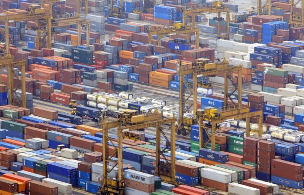 Containerhafen in Singapur.