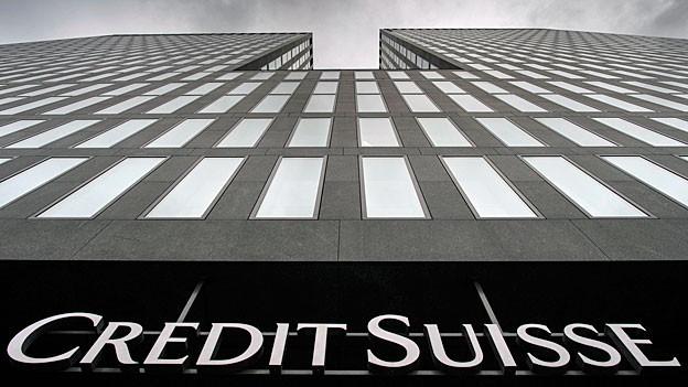 Das Logo von Credit Suisse am Geschäftssitz in Zürich.