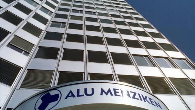 Das Bild zeigt den Hauptsitz der Alu Menziken im Kanton Aargau.