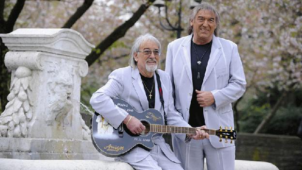 Karl-Heinz Ulrich (l) und sein Bruder Bernd alias «Die Amigos».