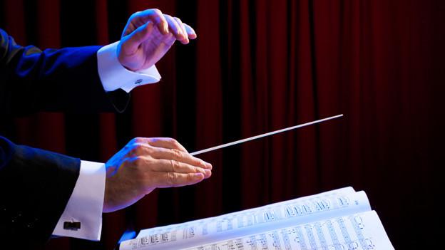 Schon viele erfolgreiche Dirigentenkarrieren haben ihren Anfang am Schweizerischen Dirigentenwettbewerb genommen (Symbolbild).