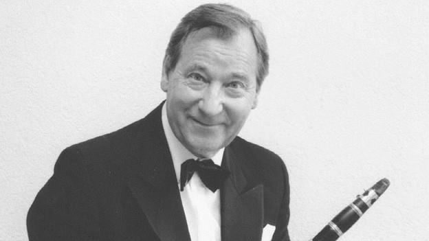 Willy Schmid ist am 11. Oktober 2013 in Küsnacht am Zürichsee im Alter von 85 Jahren gestorben.