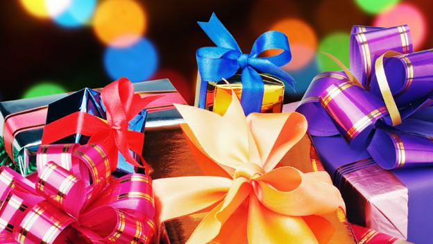 Geschenke zu Weihnachten bereiten Freude.