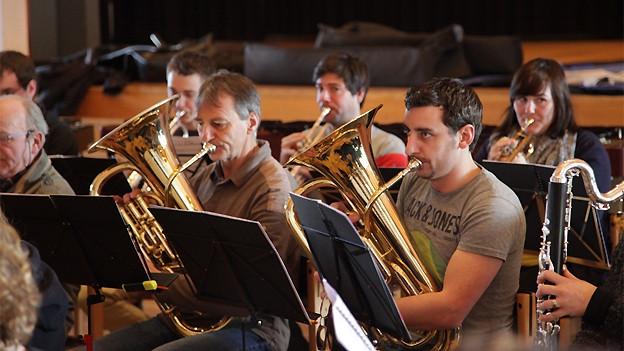 Stadtharmonie Kreuzlingen bei den Proben zum Musical «Saga Tenebra».
