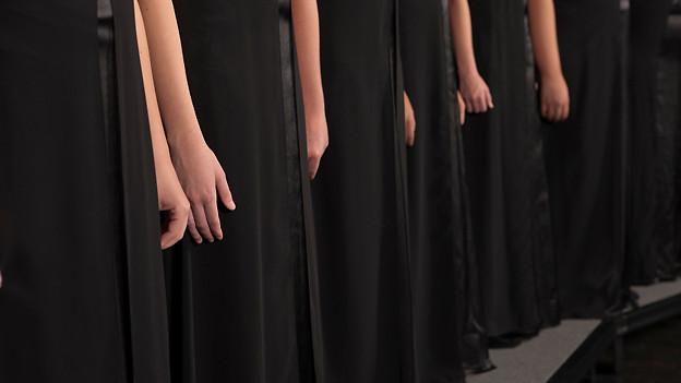 Unbekannte Chorfrauen.