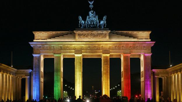Das Brandenburger Tor markierte bis 1990 die Grenze zwischen West- und Ostberlin.