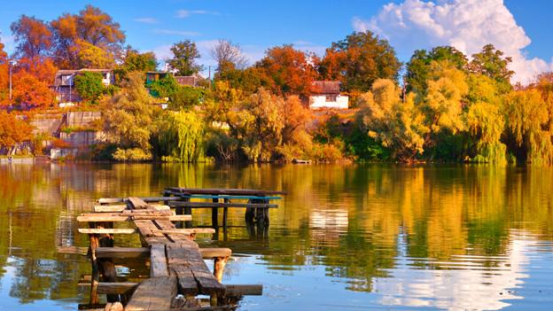Was der Sommer uns mit Sonne verwöhnt, macht der Herbst durch seine bunten Farben wieder wett.