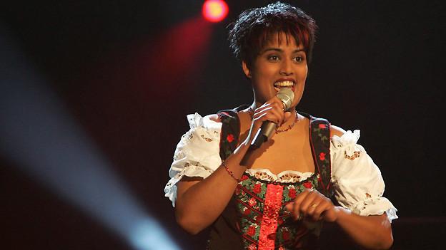 Sarah-Jane 2005 an der Schweizer Ausscheidung für den Grand Prix der Volksmusik. Mit dem Lied «Einmal hin - heinmal her» qualifiziert sie sich für Grand Prix-Final.