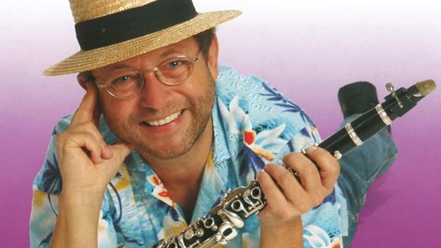 Roland Kohler studierte Klarinette an der Musikhochschule Stuttgart.
