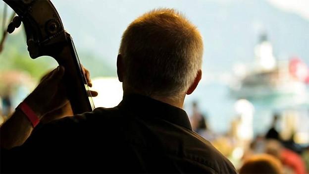 Vielfältige Schweizer Volksmusik am See erwartet die Besucher vom Heirassa Festival Weggis.