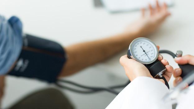 Je nach Messmethode oder persönlicher Tagesform kann das Blutdruckgerät unterschiedliche Resultate aufzeigen.