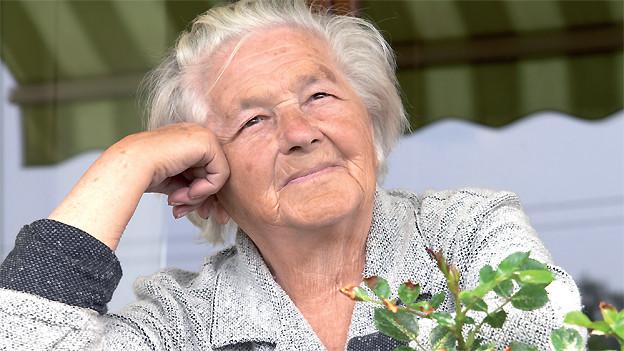 Es ist beruhigend zu wissen, dass man beim Auftauchen von Problemen bei der sozialen Hausmeisterin anklopfen kann.