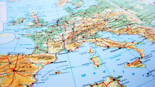 Seite von Europa im Weltatlas.