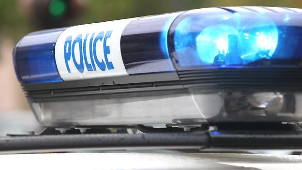 Ob Police oder Polizei: Die Schweizer Mundart kennt dafür den Begriff «Schmier».