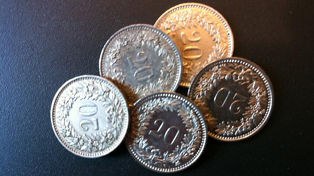 Mit diesem Geld konnte man sich 1885 fünf Kilo Weissbrot kaufen.