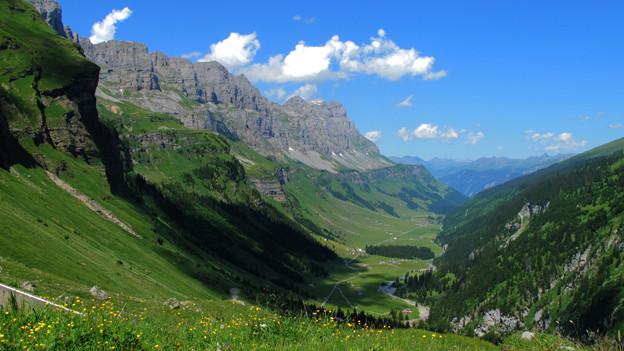 Ausblick auf das Tal des Urnerboden.