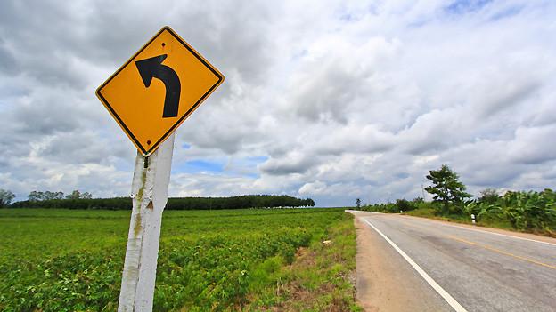 Wer ein Zeichen setzt, weist unter anderem in eine bestimmte Richtung.