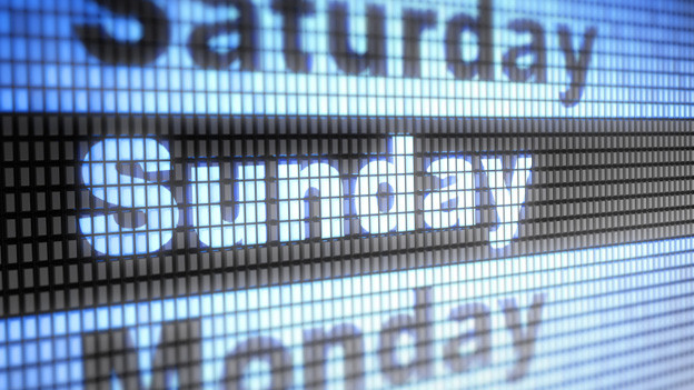 Die Namen der Wochentage verweisen im Englischen auf Herkunft: Saturday als Tag des Saturns, Sunday als Tag der Sonne oder Monday als Tag des Mondes.
