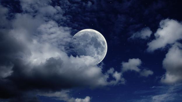 Die Anziehungskraft des Mondes ist in mehrfacher Hinsicht mächtig.
