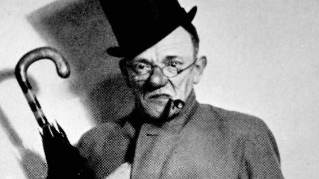 Undatierte Aufnahme von Karl Valentin. Der Humor des Münchner Universal-Genies war geprägt von beissender Sprachlogik.