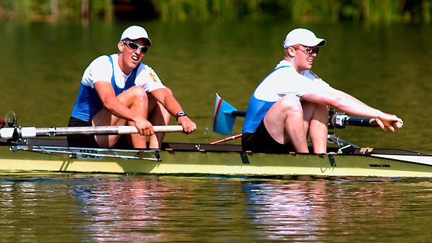 Einer von vielen Schweizermeistertiteln: Lukas Wernas und Marian Kupferschmidt vom Seeclub Zürich holen sich 2006 im Zweier ohne Steuermann den Sieg auf dem Rotsee in Luzern.