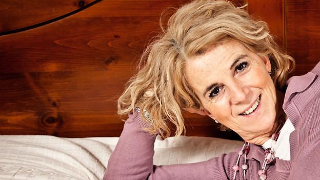 Nach Ansicht von Christa dämmt eine positive Einstellung gegenüber Wechseljahren und Menopause die Beschwerden ein.