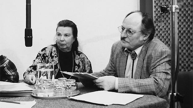 Valerie Steinmann als Emmi und Inigo Gallo als Karl während einer Aufnahme für den Memo-Treff.
